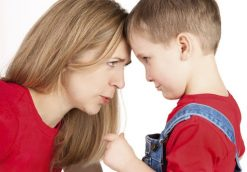 بحث و جدال با پدر و مادر